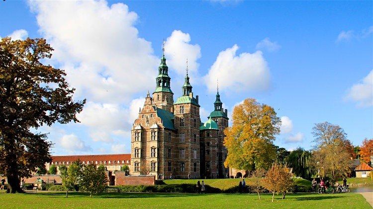 Rosenborg-Castle-in-Copenhagen