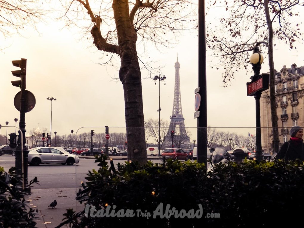Cafè with a view of Eiffel Tower Paris