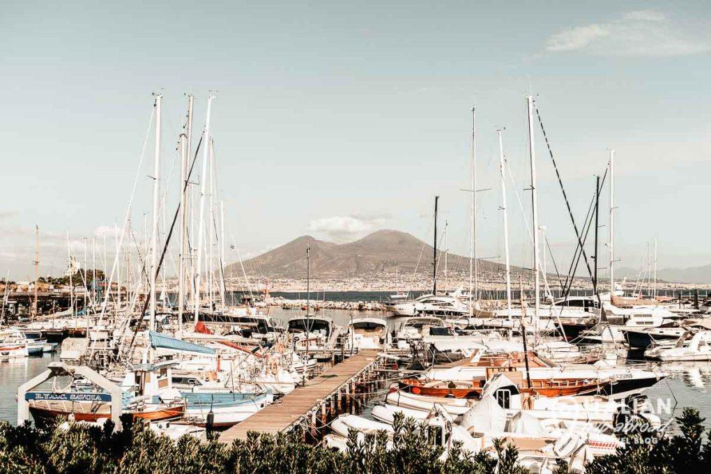 Best beaches in Naples Italy