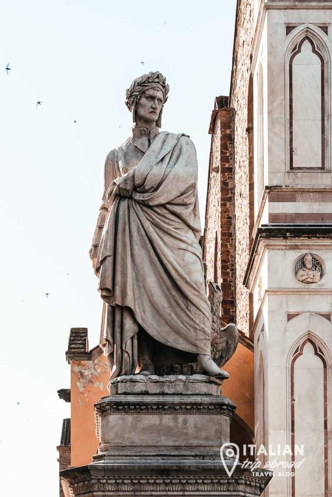 Dante Alighieri statue - Instagram worthy places in Florence
