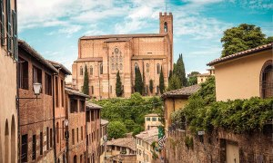 Siena near Florence is one of the best city to visit in a Tuscany Road Trip