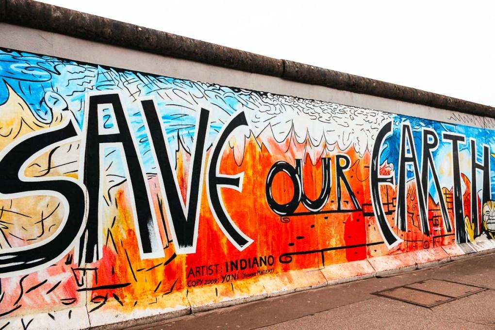 East side Gallery - Berlin Wall - Save our Earth - Instagram spots Berlin