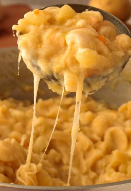 Pasta to try in Naples - Pasta e Patate con provola
