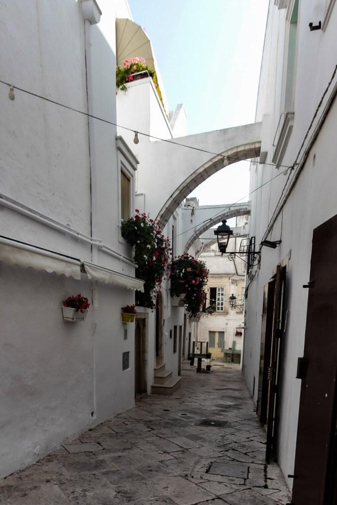 Narrow alleys of Locorotondo in Puglia, Italy - Things to do in Locorotondo
