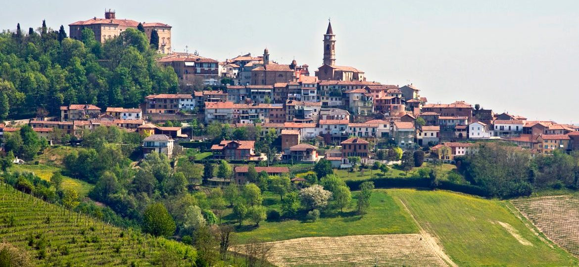 The commune of Govone in Cuneo
