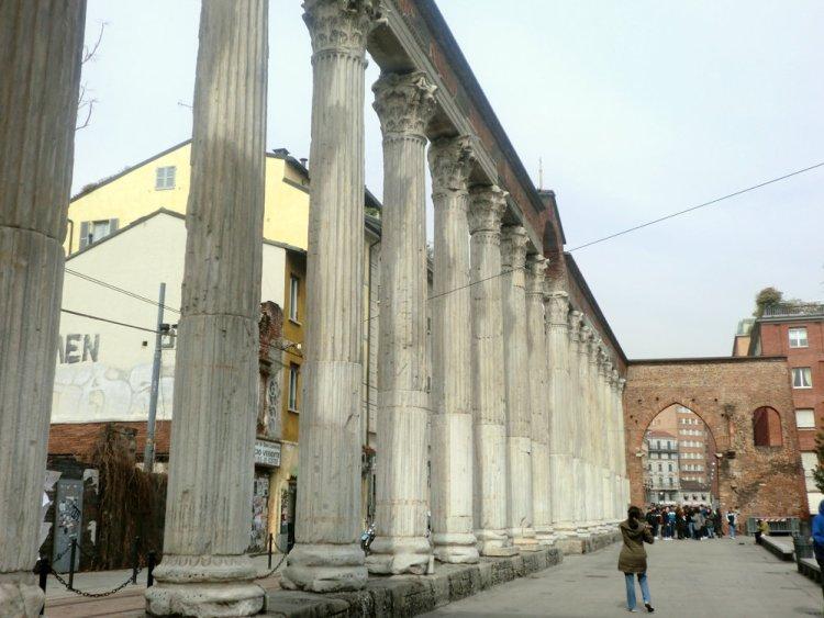 ミラノ サン・ロレンツォ・マッジョーレ教会