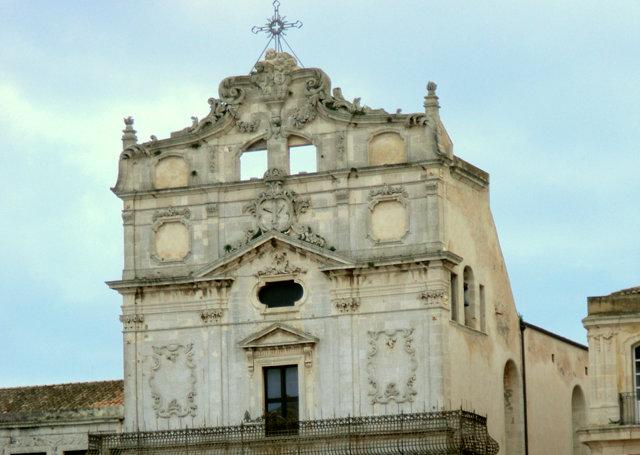 サンタ・ルチア・アッラ・バディア教会