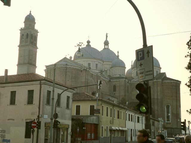 サンタ・ジュスティーナ教会