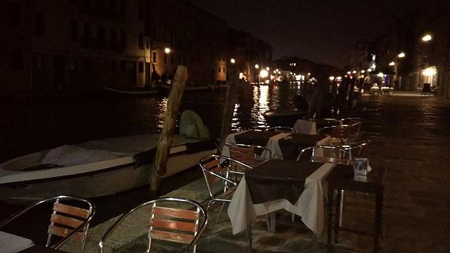 ヴェネツィアのバーカロ