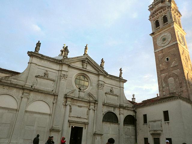 サンタ・マリア・フォルモーザ教会