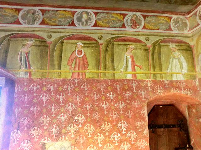 ロンコロ城内部フレスコ画
