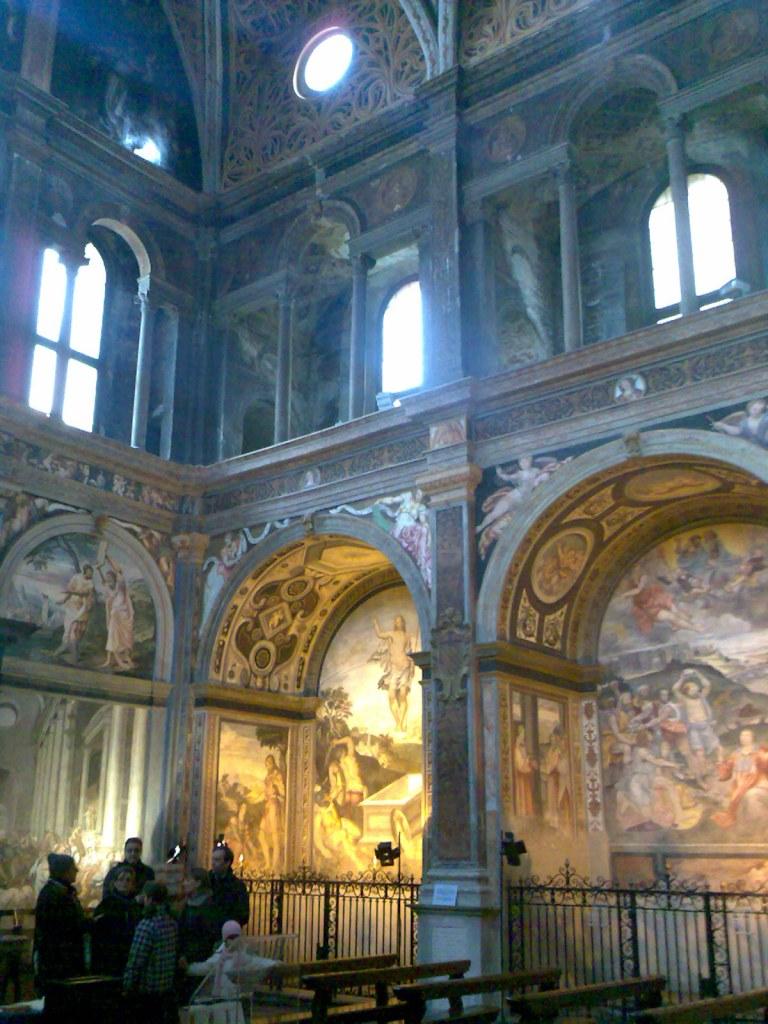 聖マウリツィオ教会 礼拝堂