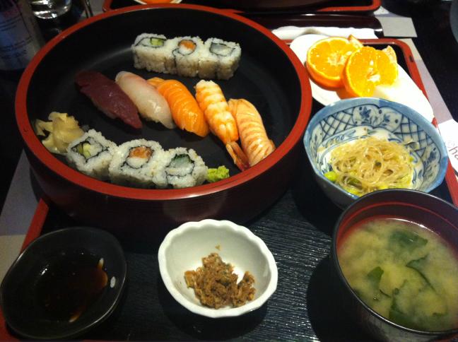 寿司ランチ ローマ ハマセイ