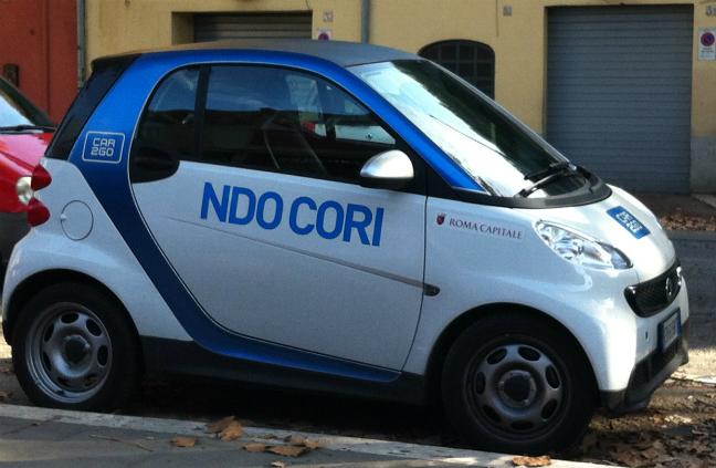 イタリア カーシェアリング スマート