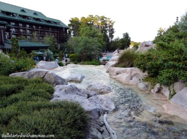 Wilderness Lodge2