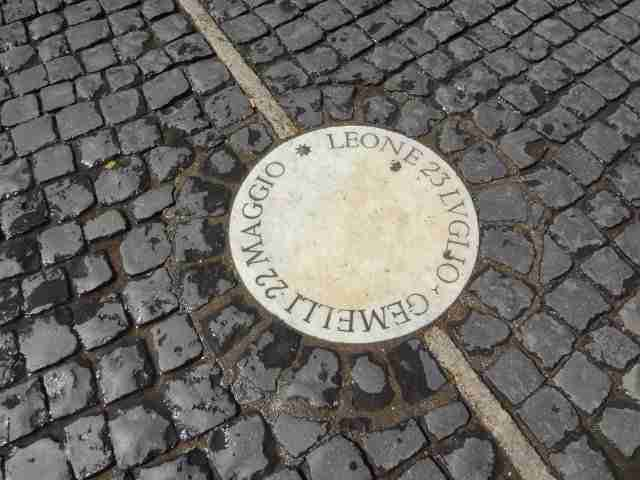 August - Leo and Gemini share a plaque in Piazza San Pietro