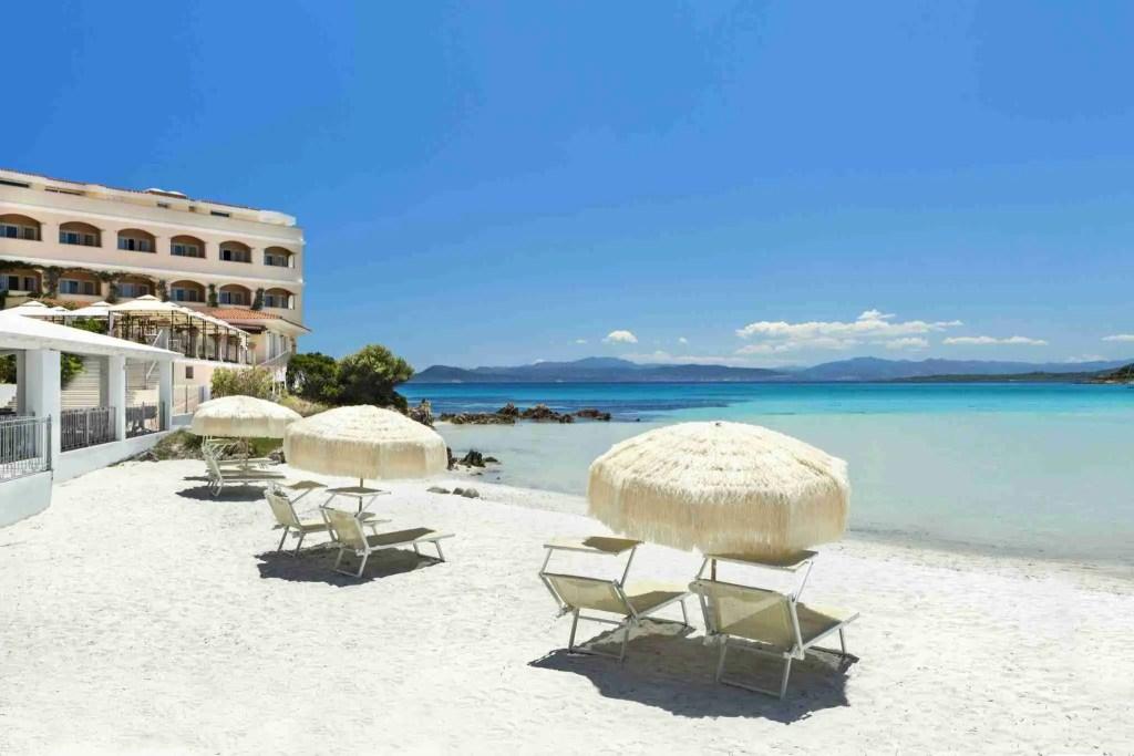 Private beach Gabbiano Azzurro