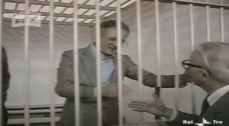 I Casamonica a 'Porta a Porta'. Quando Biagi intervistò Raffaele Cutolo…
