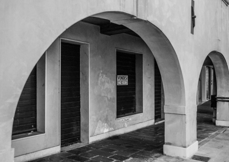 Piazza Ferretto, il salotto vuoto di Mestre