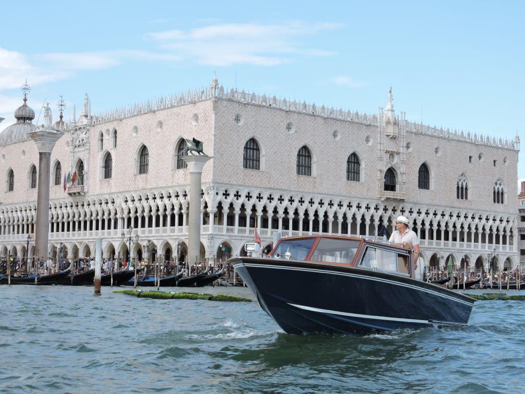 venice-lagoon-cruise-experience-italy4golf