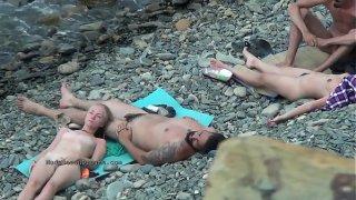 Compilation Di Video Di Nudisti Veri Sulle Spiagge Naturiste Italiane