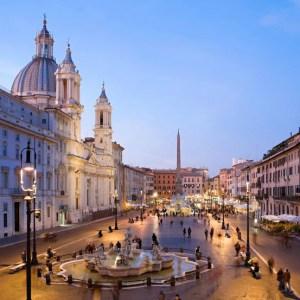 architettura di travertino piazza navona roma