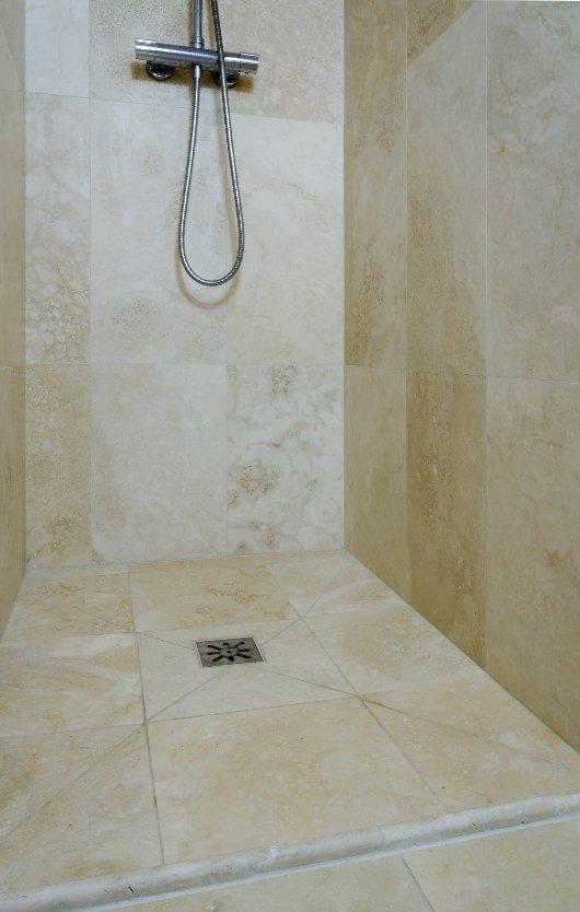 Bagni in travertino a firenze - Rivestimento bagno economico ...