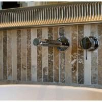 Mattonelle per bagno in travertino chiaro