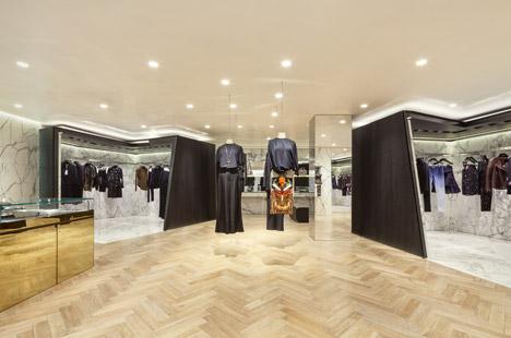 Givenchy-negozio-seul-marmo-interni-piuarch-studio-architettura