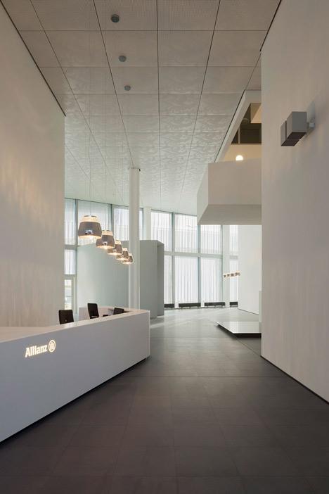allianz-progetto-zurigo-marmo-onice-vetro-facciata