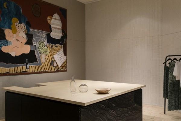 samuji-house-finland-concept-store-marmo-abbigliamento-accessori-complementi-arredo