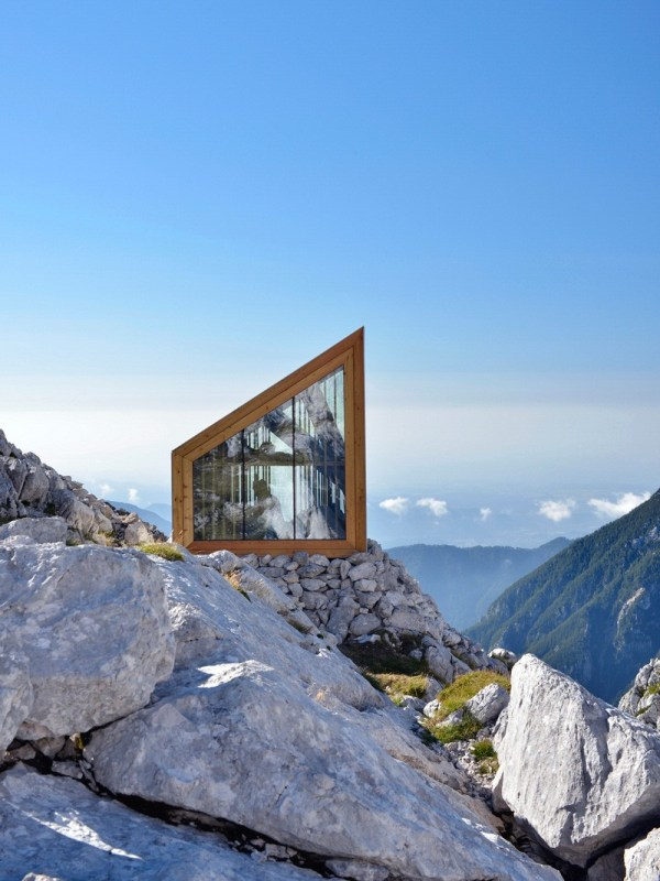 skuta-mountain-cabin-ofis-architects-slovenia