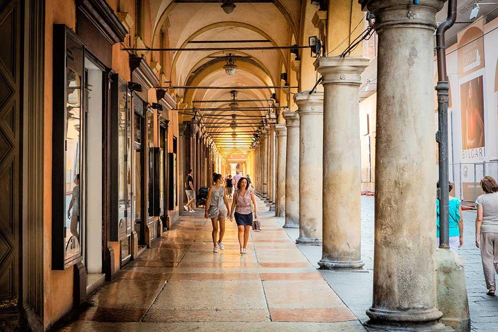 Bolgona, Italywise