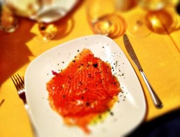 Carpaccio di salome con riduzione d'arancia - my antipasto.