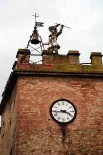 Montepulciano, Pulcinella batte l'ora