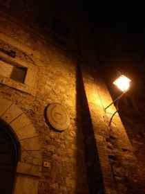 Montepulciano, Accademia degli Intrigati e Teatro Poliziano