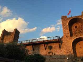 Monteriggioni, Mura difensive