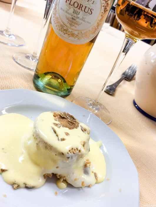 Moscadello di Montalcino assieme al dessert!
