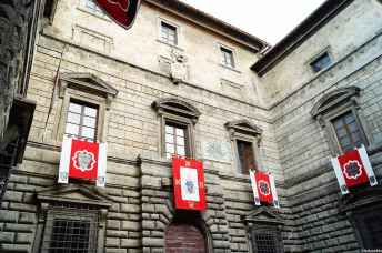 Palazzo Cervini in via di Voltaia nel Corso a Montepulciano