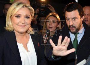 Le Pen y Salvini en Milán - foto EFE