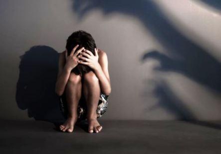 Resultado de imagem para estupro menino