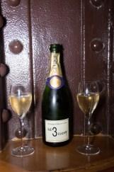 Champagne siglé
