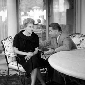 1960 – Silvana Mangano interviewée par François Chalais, le premier Monsieur Cinéma © Ina – Jean-Claude Pierdet