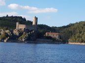 L'île de Grangent avec son château fort