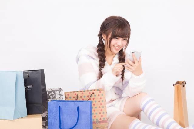 芸能人に会えて楽な広告代理店の年収は450万円