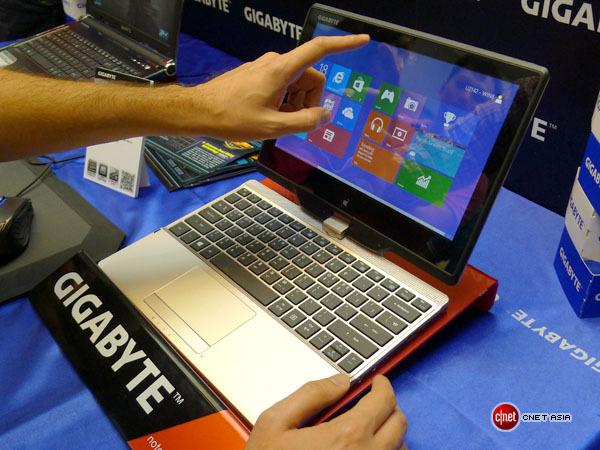 Gigabyte разработала планшетный ультрабук U2142 с Windows 8