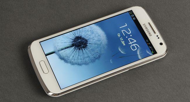 Предварительный обзор смартфона Samsung Galaxy Premier
