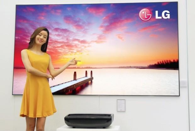 LG представляет 100-дюймовый лазерный проектор Hecto Laser TV