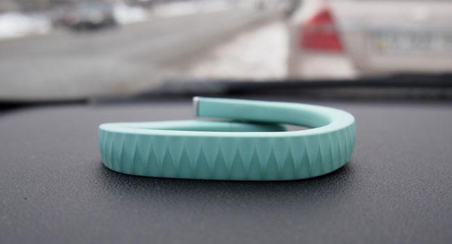Jawbone купила компании Visere и MassiveHealth