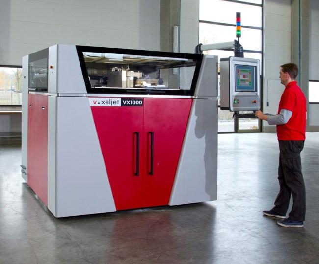3D-принтер VoxeljetVX1000 (voxeljet.de) предназначен для использования на крупных промышленных предприятиях